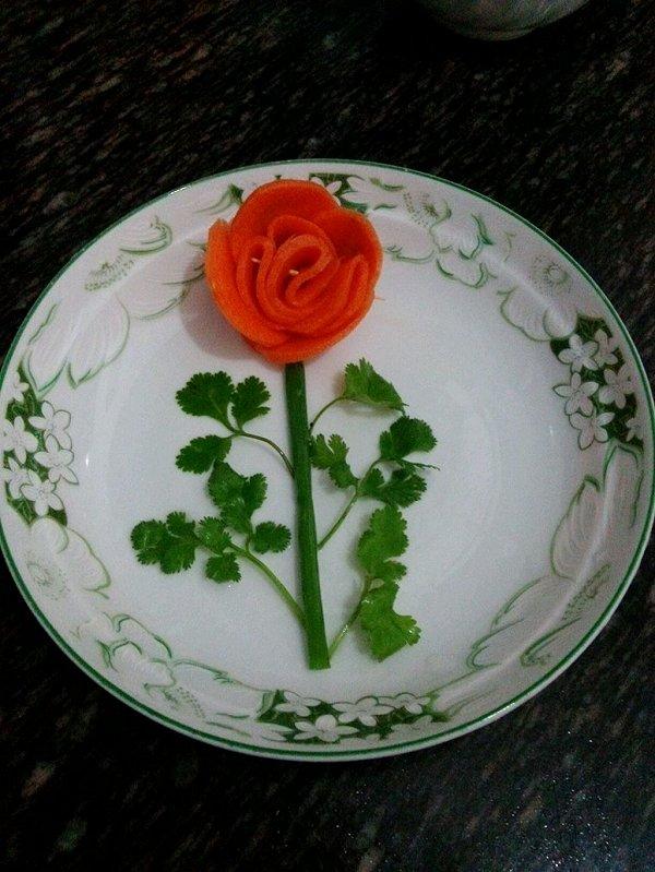 静之舞的胡萝卜玫瑰花做法的学习成果照