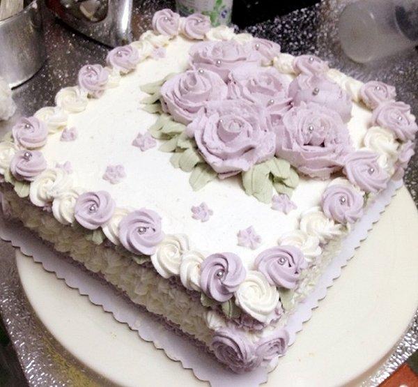 潼小姐和玖姑娘做的动物奶油裱花蛋糕的做法