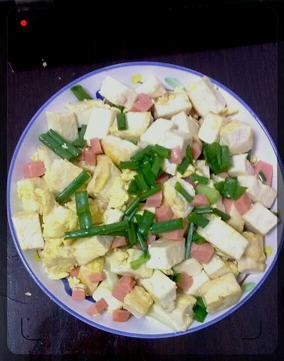 蛋包豆腐丁---鸡蛋豆腐香肠的简单美味!的做法