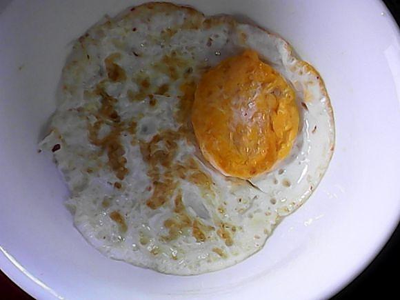 尘封冰雪季的香煎荷包蛋做法的学习成果照_豆果美食