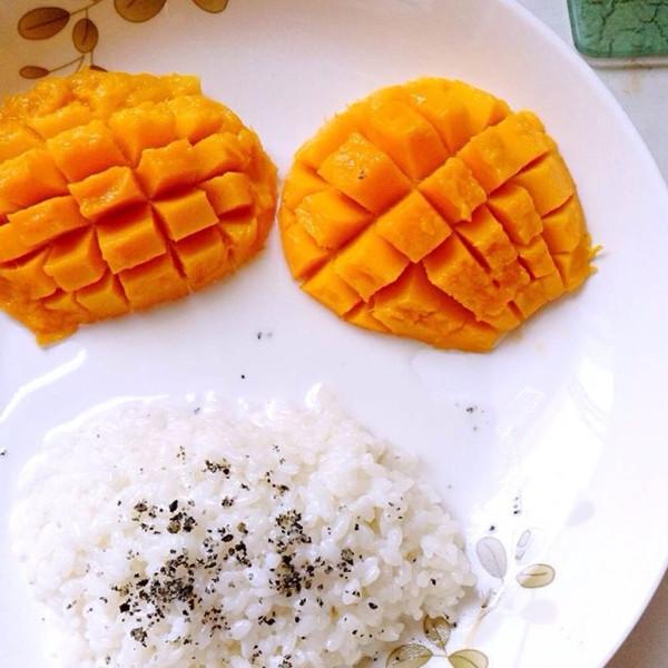 盘子用用大了,青芒果最好,酸甜口.
