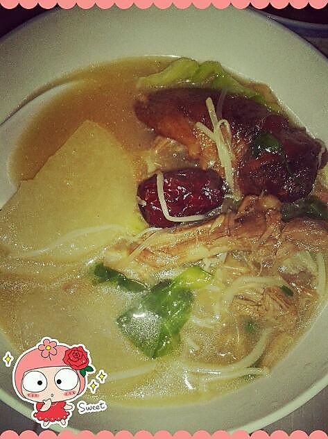 鲜香鸭架汤的做法