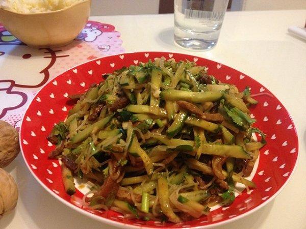 凉菜{金针磨,黄瓜,粉皮}的做法