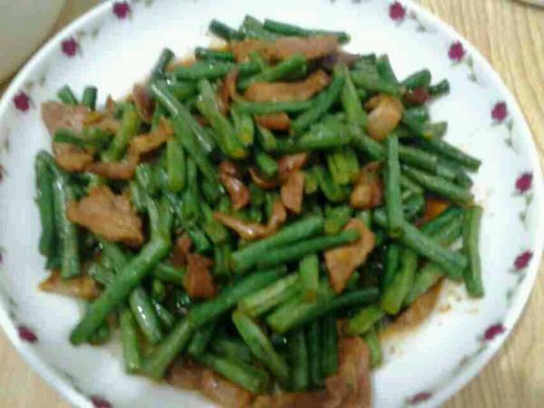 豇豆炒肉片的做法