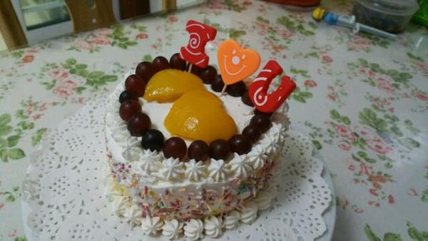郭陈的【双层水果奶油生日蛋糕】——couss