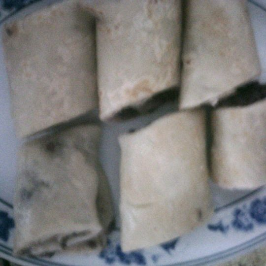 陈春做的红豆沙卷饼的做法_豆果美食