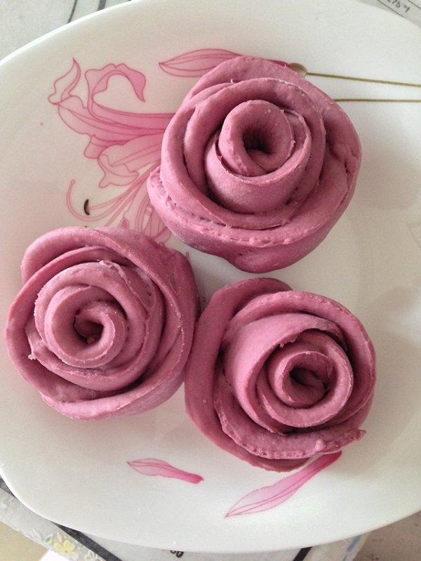 iu球做的紫薯玫瑰花馒头的做法