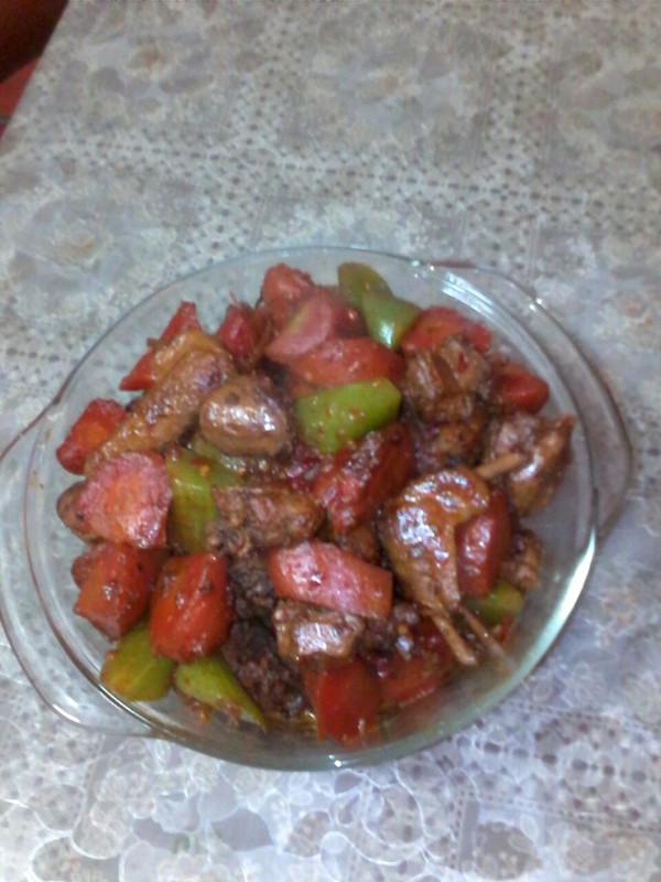 胡萝卜红烧鸭肉的做法