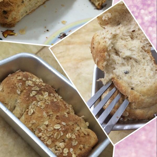 饭麦麦做的全麦面包的做法