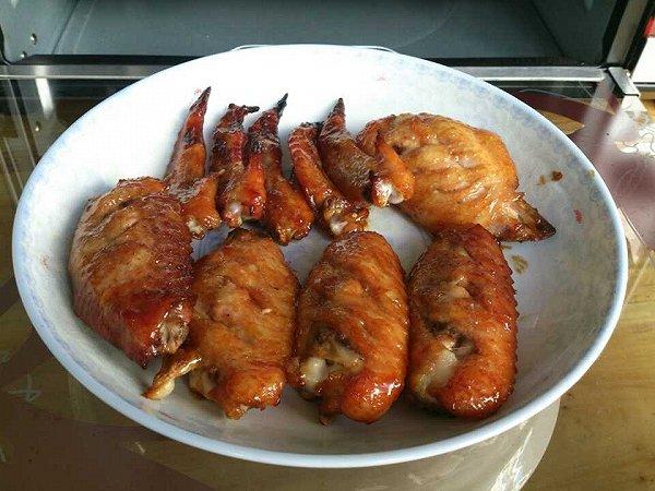 黑胡椒蜜汁烤翅的做法