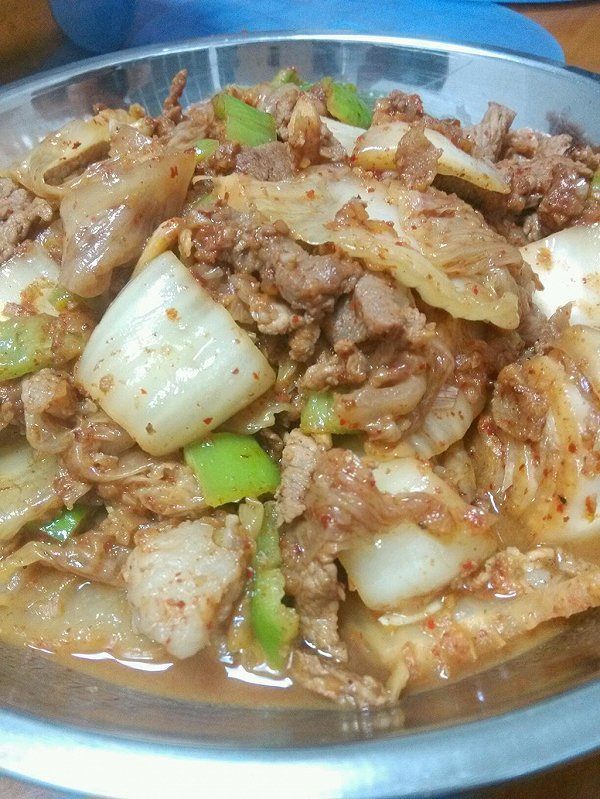 简制泡菜五花肉的做法