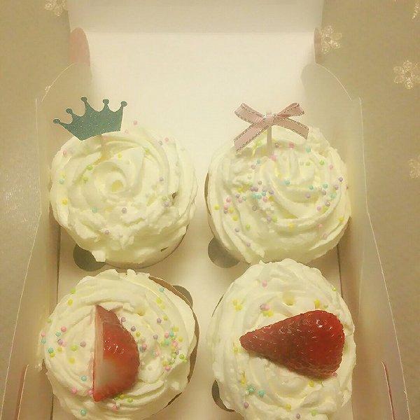 九阳烘焙剧场#海绵纸杯蛋糕~圣诞节可爱小点心的做法