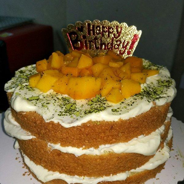 裸芒果奶奶油蛋糕