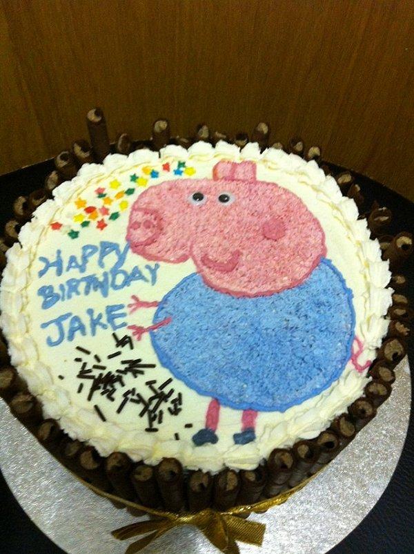 karenwee的生日蛋糕/猪猪蛋糕做法的学习成果照