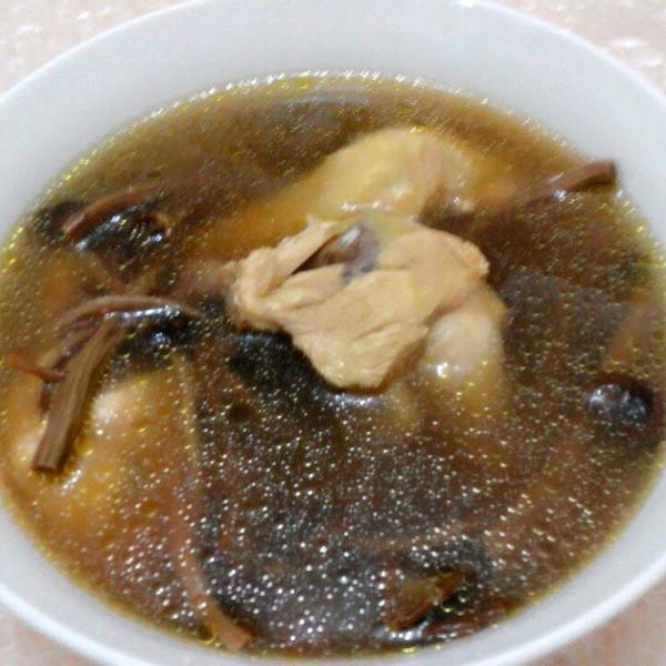 豆果2809做的茶树菇乌鸡汤的做法