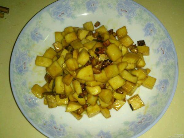 杏鲍菇鸡丁的做法