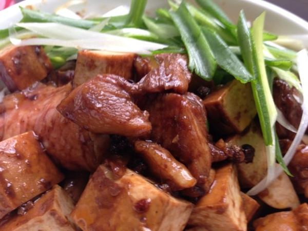 拉歌蒂尼菜谱:大盘鸡的做法