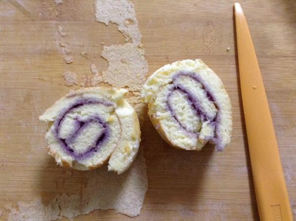 杏仁蓝莓卷的做法