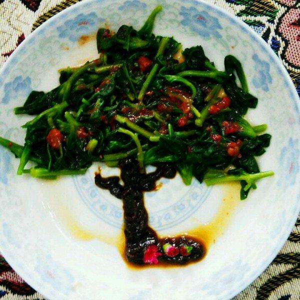 鹿筑做的橄榄树凉拌菜的做法