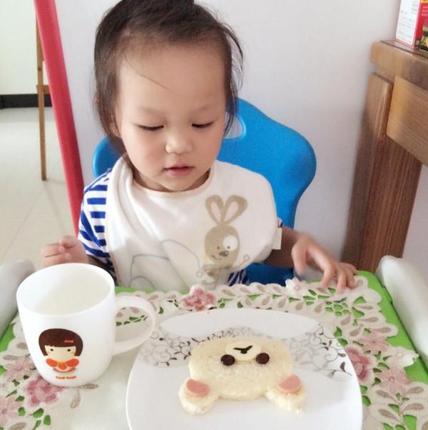 可爱早餐—轻松小熊面包片