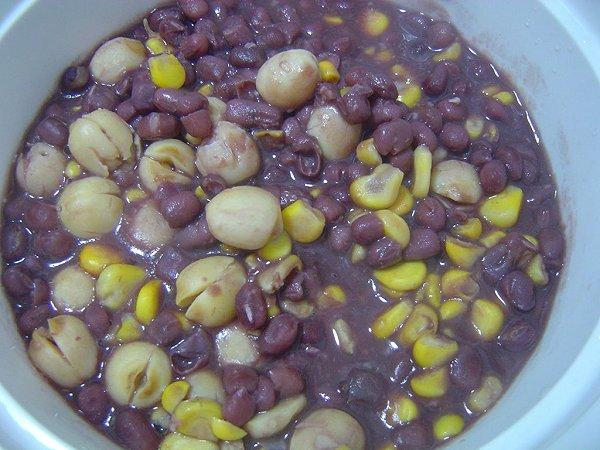 绿豆薏仁莲子粥的做法