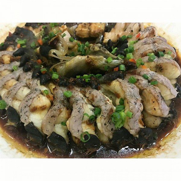 鼓汁蒸白鳝鱼的做法