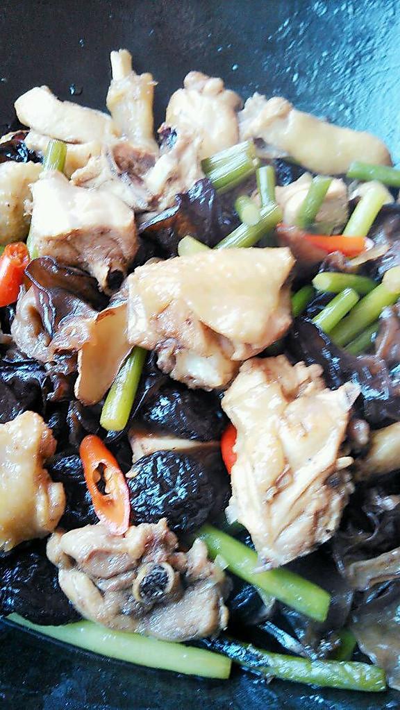 干锅鸡的做法