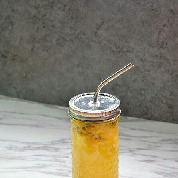 菠萝百香果茶的做法