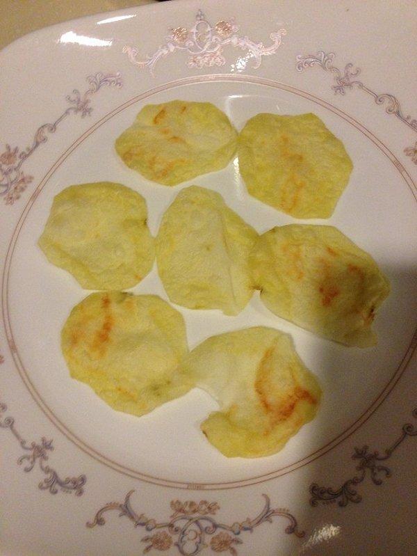 宿舍料理之微波无油低卡薯片的做法