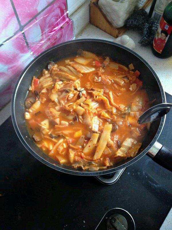 韩式辣白菜豆腐汤的做法