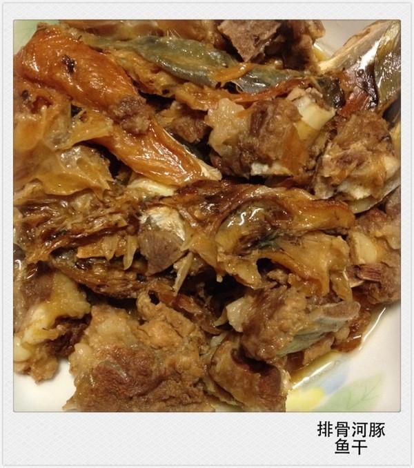 毒美味----河豚鱼干炖芸豆的做法