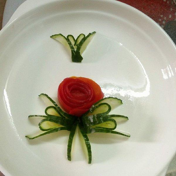 本人制作的果蔬雕花