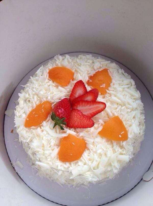 草莓白森林蛋糕  的做法