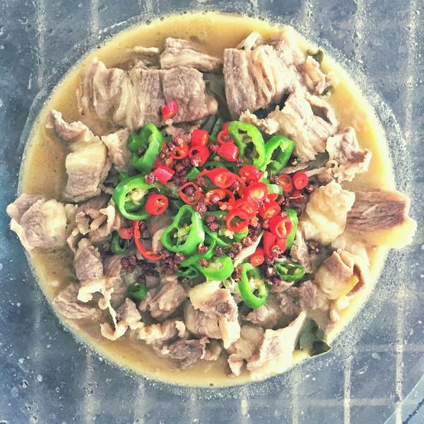 曹腾钟的酸汤玉米丨酸酸开胃超辣辣【微体兔菜排骨炖肥牛怎么做图片
