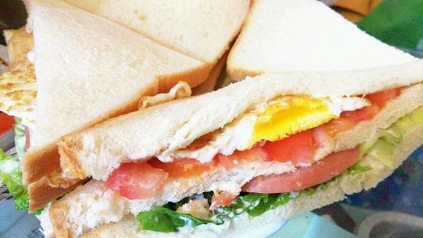 营养早餐-牛排三明治的做法