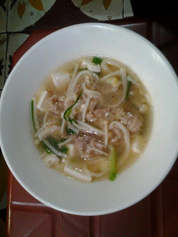 香菇肉丝豆腐汤的做法