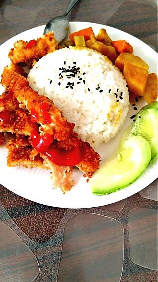 捷宝妈的咖喱猪排饭
