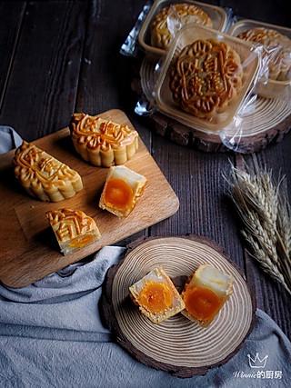 双黄白莲蓉月饼(自制转化糖浆、白莲蓉)