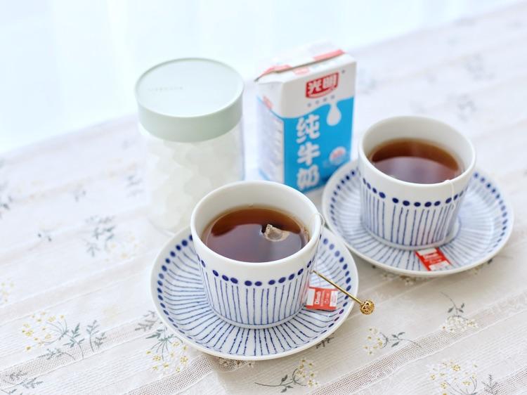 适合情侣の快手早餐,第七款面包拼盘+早餐红茶图8