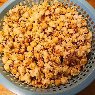豆粉054693rvsp的超简单的电影院爆米花教程