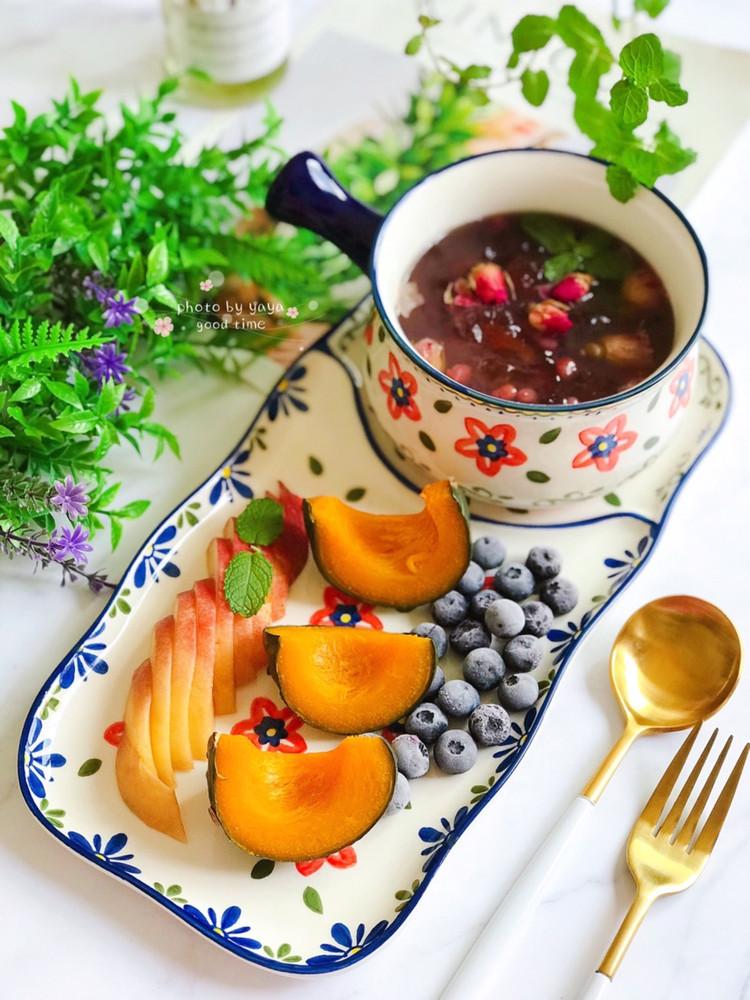 女生秋季要滋润,越吃越美的玫瑰花🌹桃胶红豆汤吃起来✌🏻️图1