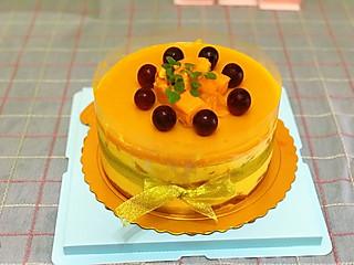 胡小喵下厨记的芒果镜面流心慕斯蛋糕|超级适合夏天吃哦