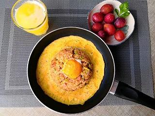 溪水流在心间的网红火山饭+鲜榨菠萝苹果汁+西梅