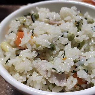 沈十一的小厨房的桐乡咸肉野葱饭