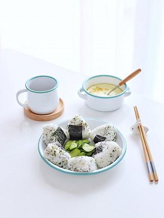 流浪的喵喵小姐的喵の早餐 | 海苔香松饭团+蒸鸡蛋+手冲咖啡~