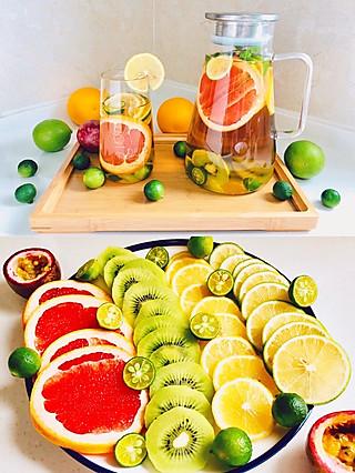 爱的美食美刻的DIY自制蜂蜜鲜果茶,满满的维C十分养颜哦!【附必看小贴士】