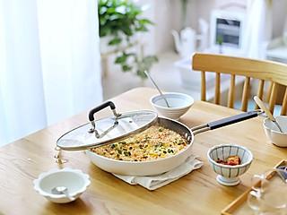 流浪的喵喵小姐的喵の早餐 | 有哪些用米饭做的好吃料理?第六款番茄炖饭窝蛋