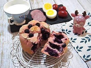 Rayna2018的百分百全麦爆浆蓝莓面包