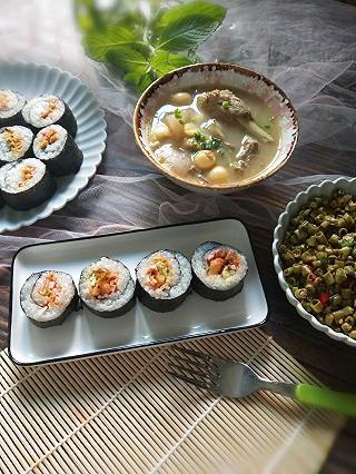 绿pegk的寿司/老鸭汤