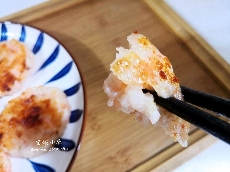 晚餐煎了一锅味知香虾饼,也太好吃了,6片一顿全光图3